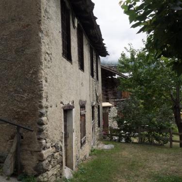 Nuovi scenari alpini: Le vecchie scuole di villaggio del comune di Torgnon ( Berzin, Champagnod e Chatrian )